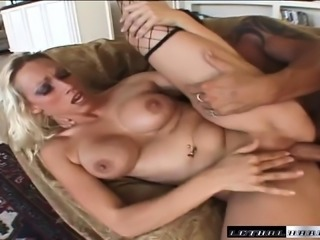 Stacked blonde cougar Nicki Hunter takes Lee Stone's pole up her butt
