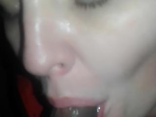 Le encanta comerse mi semen mi amante la guera