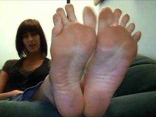 BARE FOOT & Erin Duval