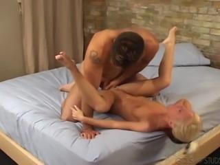 Sexy blonde sluttie Tasia bounced hard to a horny hot man's dick