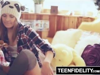 TEENFIDELITY - Shyla Ryder Creampie Surprise From Stepdad