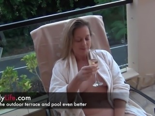 a day on a real amateur milfs livecam with a threesome