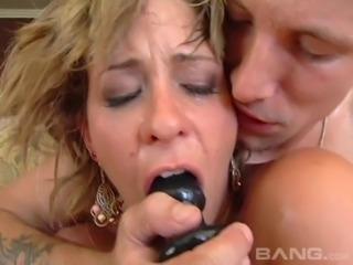 Phyllisha Anne enjoys a kinky fuck with a pussy craving hunk
