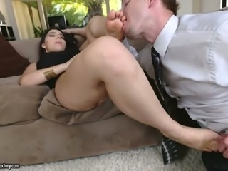 Valentina Nappi loves guys with foot fetishes and she loves getting oral sex