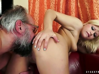 Blonde is too horny to resist guys throbbing man meat