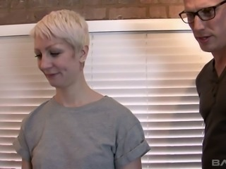 Short haired inked slut Miss Trixx needs a good fuck session