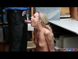 Skinny blonde Eden Sin fucked with the detective