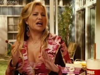 Proto-MILF Jennifer Coolidge Showing Her Cock-Bursting Cleavage