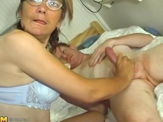 Kinky granny Lonnie loves sucking and riding on a hard boner
