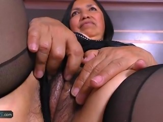Horny mature granny latina chubby hardcore sexual intercourse