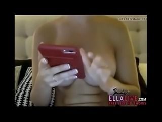perfect tits - EllaLive.com