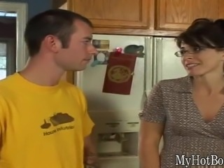 Druuna is one MILF who never outgrew her need for nut butter. She