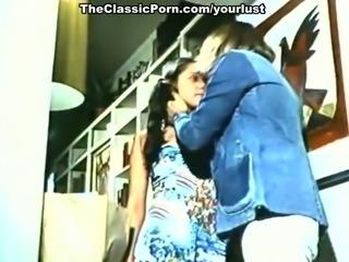 Vintage stars Spring Finlay, Justina Lynn, Kris Ware in classic porn clip