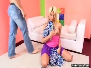 Shemale cheerleader Yeidi wants to make a cock stiff with her lips