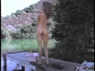 Solo model Ashlyn Gere taking bath while fingering her pussy