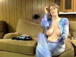 Amateur Awsome Busty Blonde Striptease And Dance