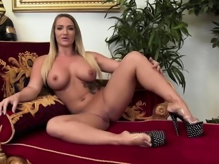Lexi Swallow in leg warmers gets nailed