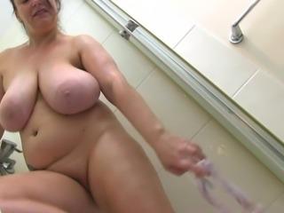 Sabrina Jade Wet Tits And Pussy Fun