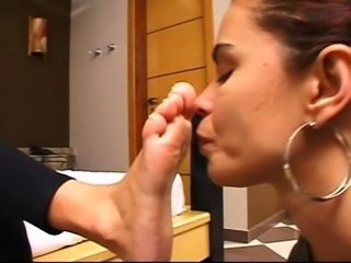 Another lesbian foot fetish