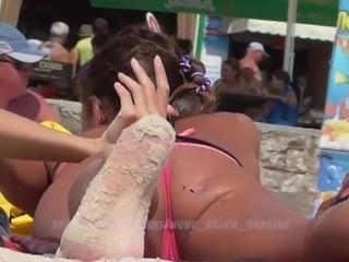 Microbikini pussy lips. Ukrainian beach voyeur. HD