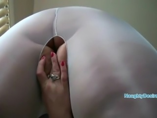 Blue ripped pantyhose the gateway to heaven