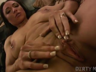 Female Bodybuilder Porn Masturbation Video