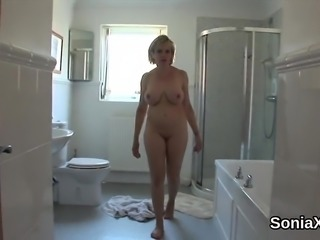 Cheating english mature gill ellis flashes her massive tits0