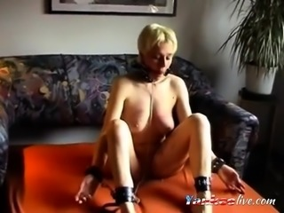 Homemade wife tied obeys his master