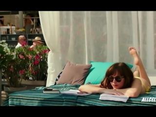 Dakota Johnson's Fully Nude Scenes - 50 Shades Freed