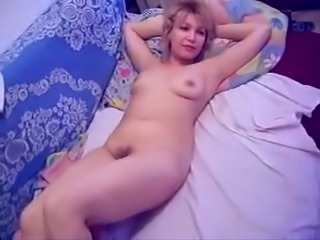 Petite Russian wife of my neighbor wants to fuck me