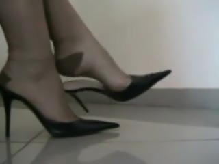 RHT Shoeplay.mp4