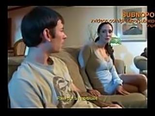 Madre descubre a su hijo jal&aacute_ndosela en el ba&ntilde_o (Subtitulado)...