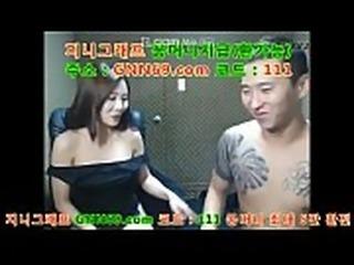 한국 노모 섹끼 넘치는 여친을 방송으로 성 중계 해주기 ㅋ