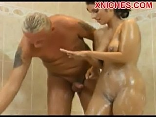 Sex in the shower  free