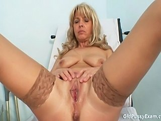 Mature woman coming to gyno doctor to have her pussy gyno examined with...