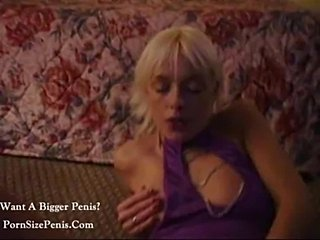 Sweet blonde gets her cunt checked3  free