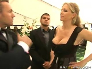 A bride gets fucked by stranger